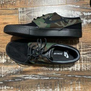 Nike SB Zoom Air Stefan Janoski Camouflage Size 9